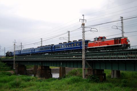 【JR東】DE10-1698牽引 快速「DLやまなし」運転(30日)