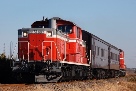 【JR東】DD51+旧型客車2両 八高線ハンドル訓練実施