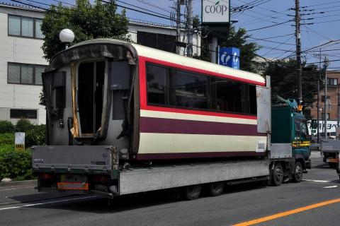 【小田急】10000形10001F(HiSE)中間車2両搬出