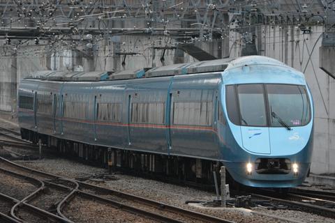 【小田急】60000形60251F使用 「ロックの学園号」 運転