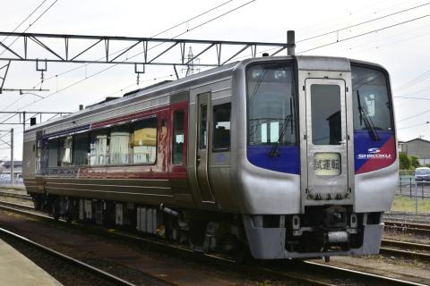 【JR四】2000系2429号 多度津工場入場