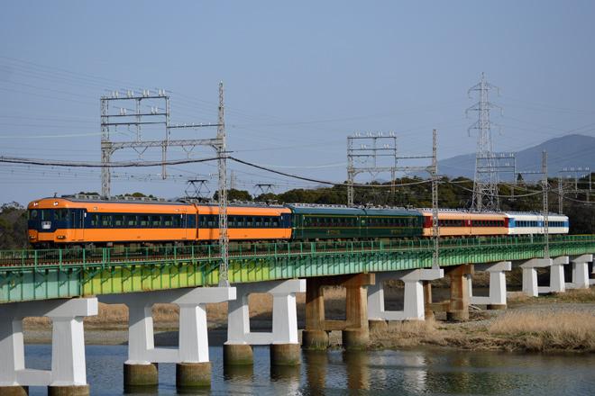 【近鉄】12200系、15200系、15400系の4色混結編成
