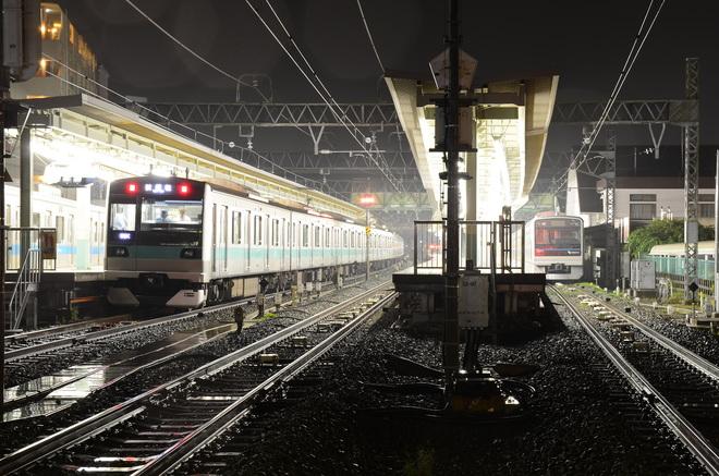 【JR東】E233系2000番台マト11編成 小田急線入線試運転