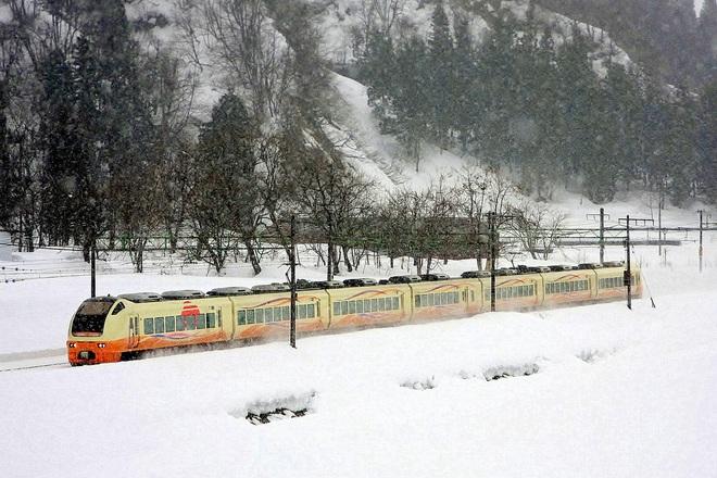 【JR東】快速「十日町雪まつり号」 運転