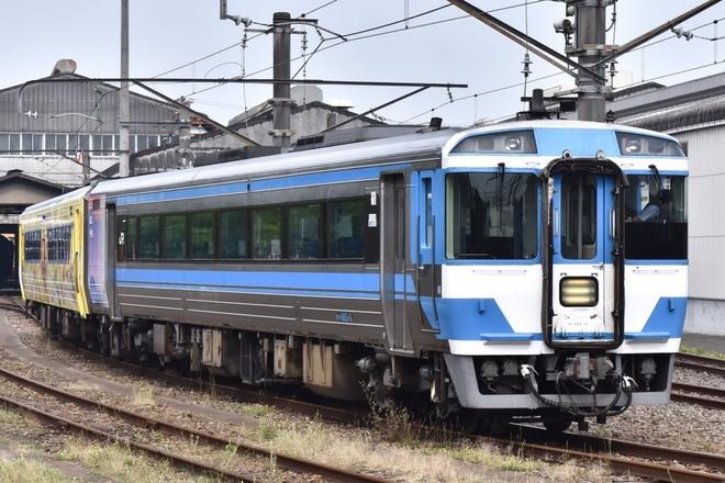 【JR四】キロハ186-2(ゆうゆうアンパンマンカー)多度津入場