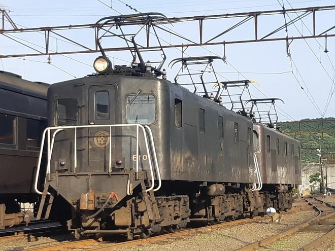【大鐵】E101牽引の旧型客車3両を使用した団臨が運転