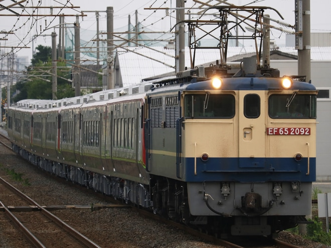 【JR四】2700系8両甲種輸送